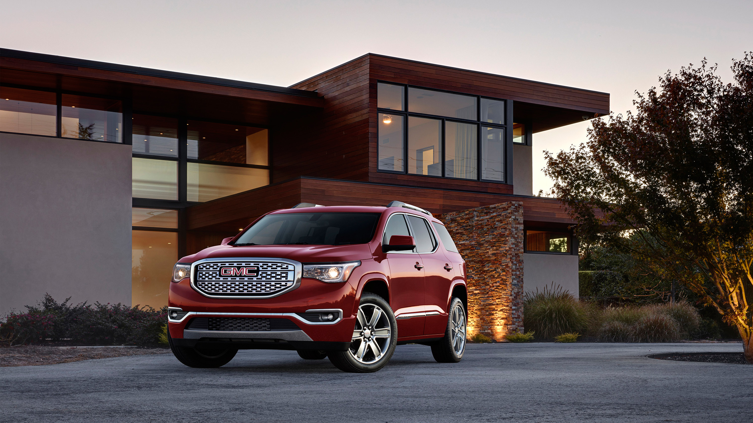 2017 GMC Acadia Denali Wallpaper