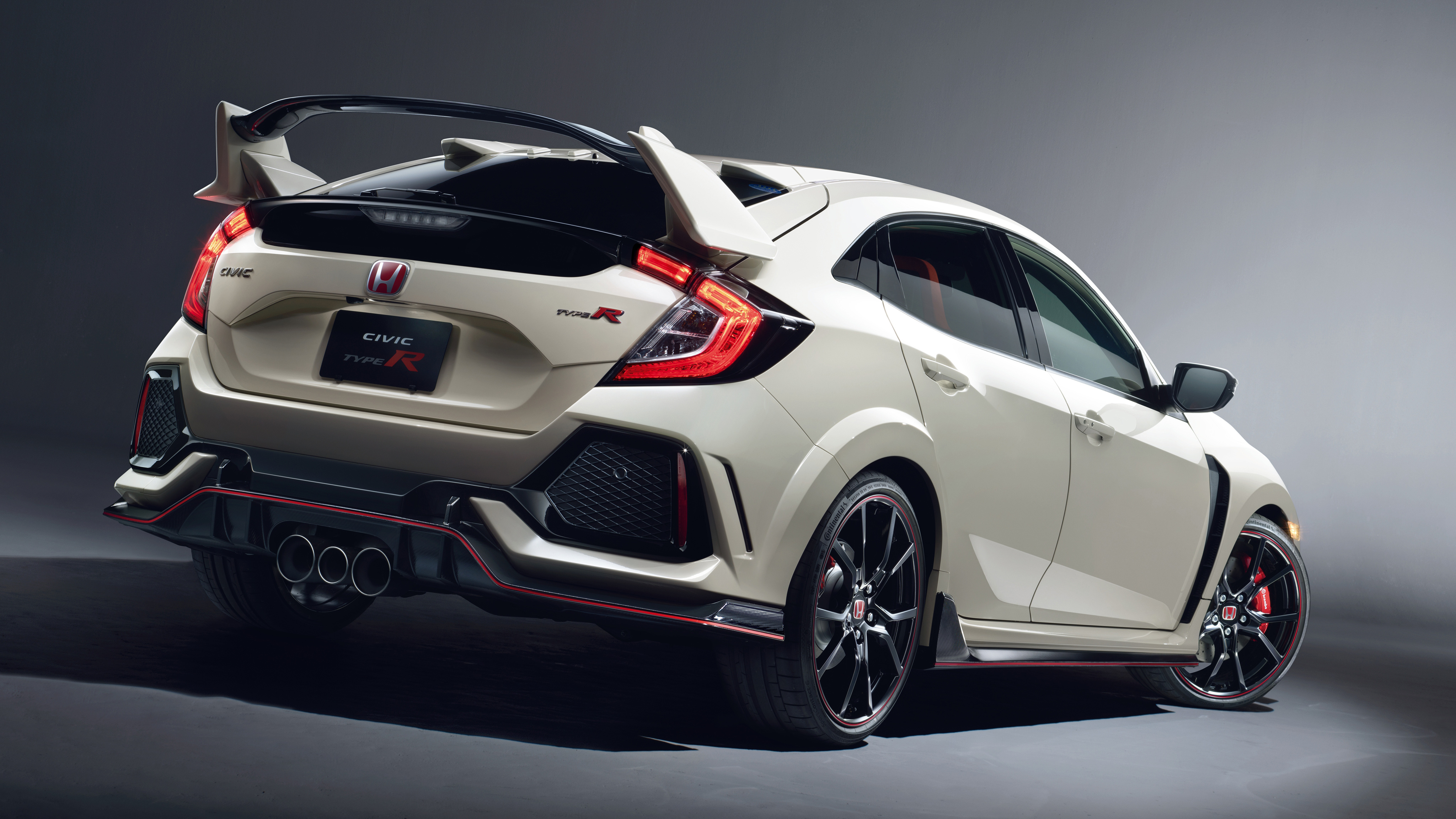 2017 Honda Civic Type R 4 Wallpaper