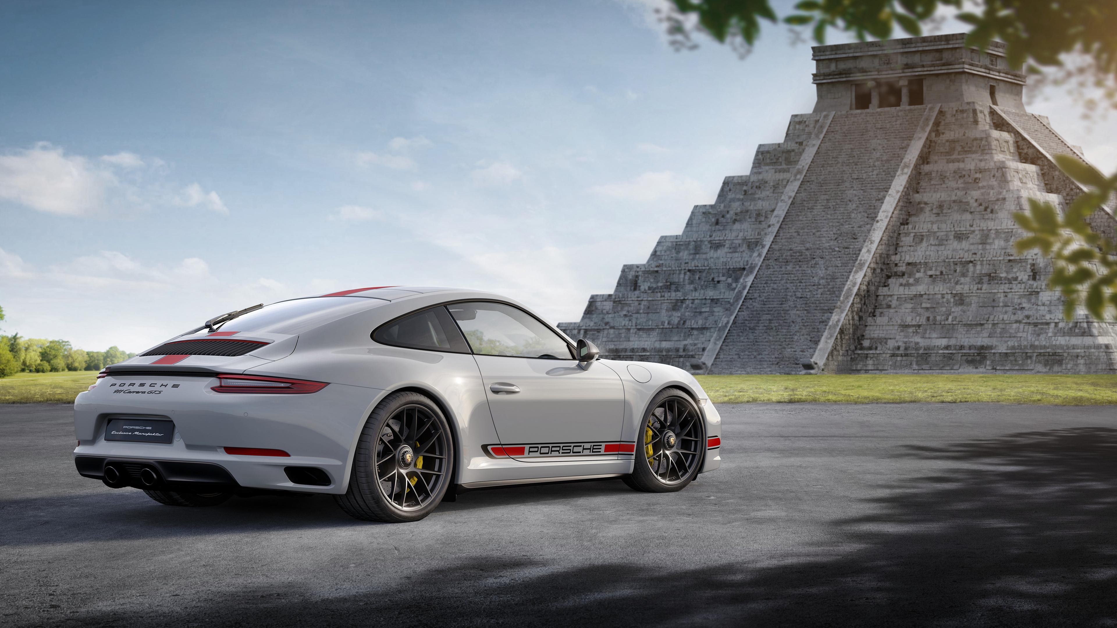 2017 Porsche 911 Carrera GTS Coupe 15