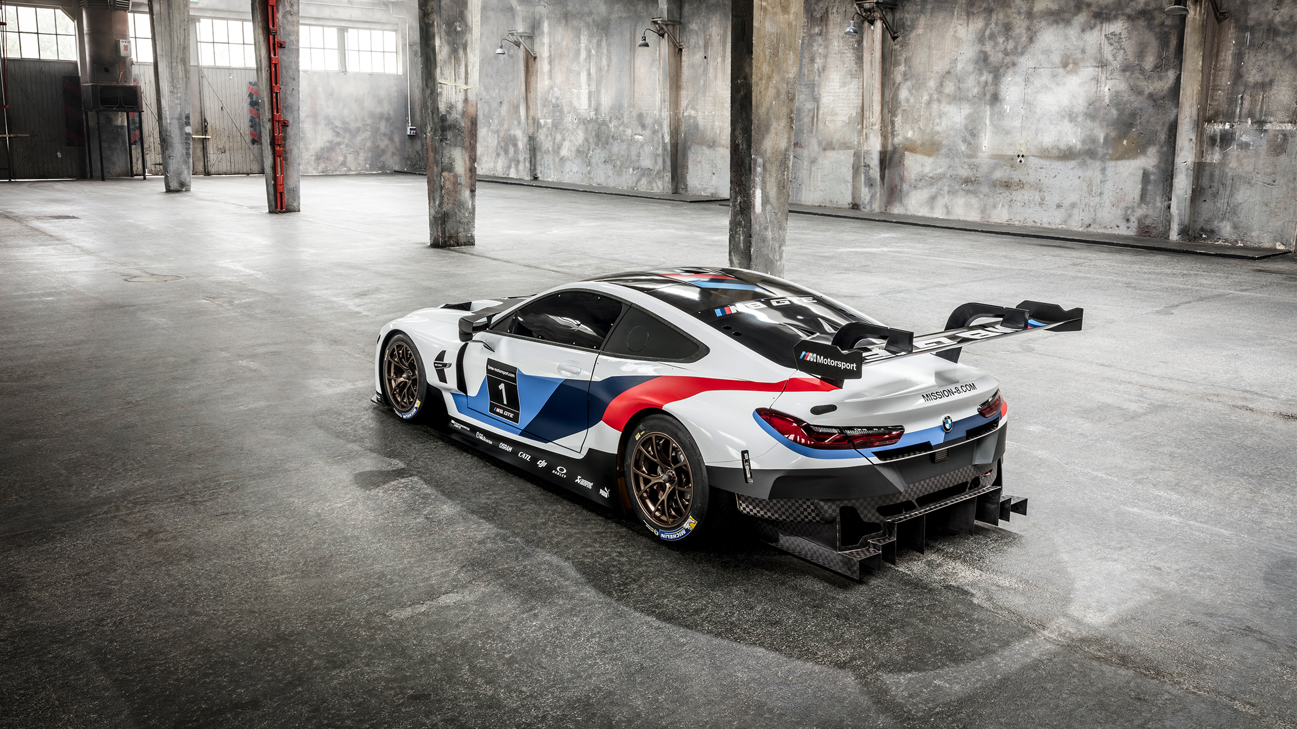 porsche wec 2017 with 2018 Bmw M8 Gte Wallpapers on Logotipos De Las Marcas De Coches Bmw additionally La Porsche 911 Rsr 2017 Partiellement Devoilee besides Porsche 991 Gt2 Rs also Felipe Massa as well Brdc Formula 4 To Switch To Fia F4 Spec Chassis For The Future.