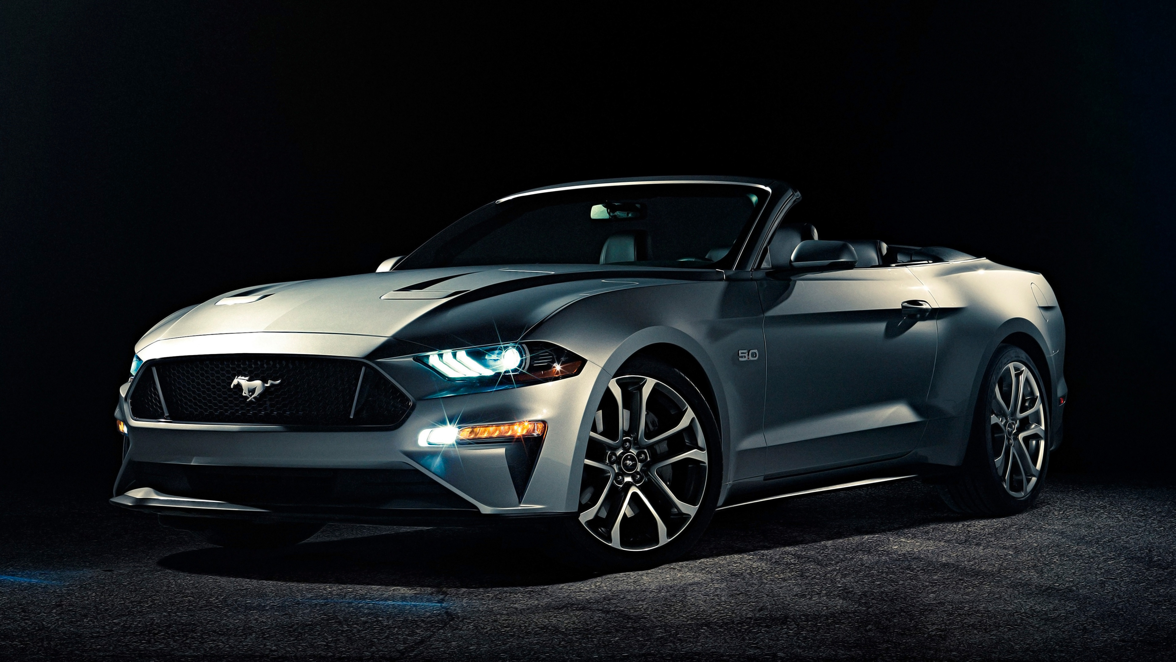 Tags: Convertible Ford Mustang 2018