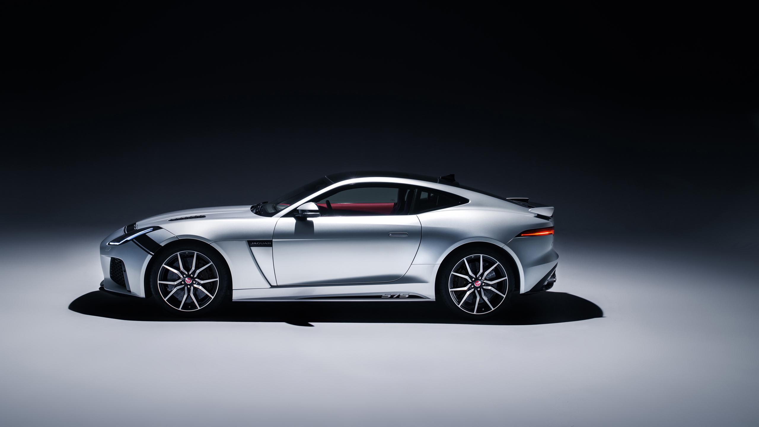 2018 Jaguar F Type Svr Graphic Pack Coupe 5 Wallpaper Hd Car Wallpapers Id 9783