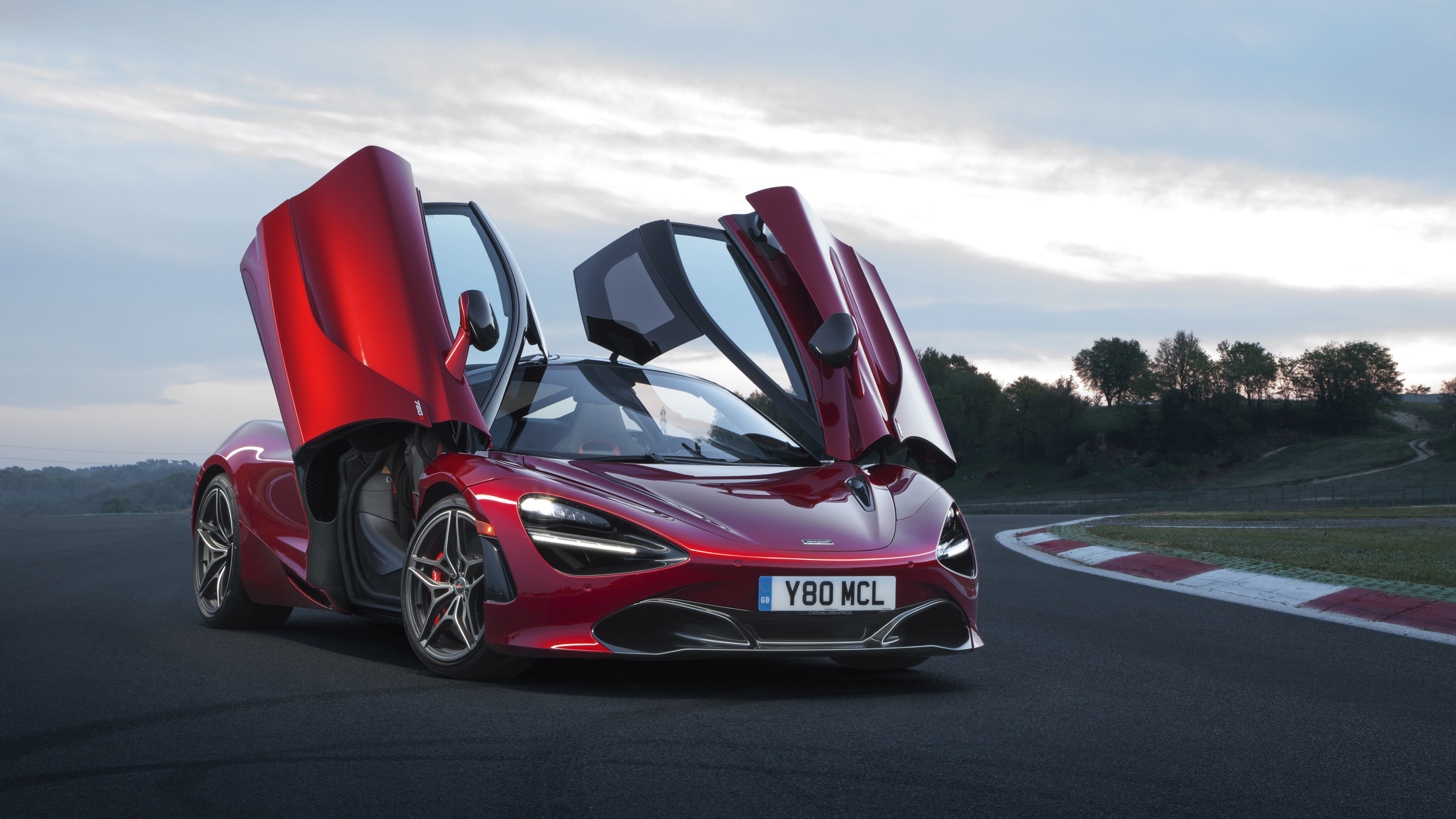 2018 Mclaren 720s Memphis Red Wallpaper Hd Car Wallpapers