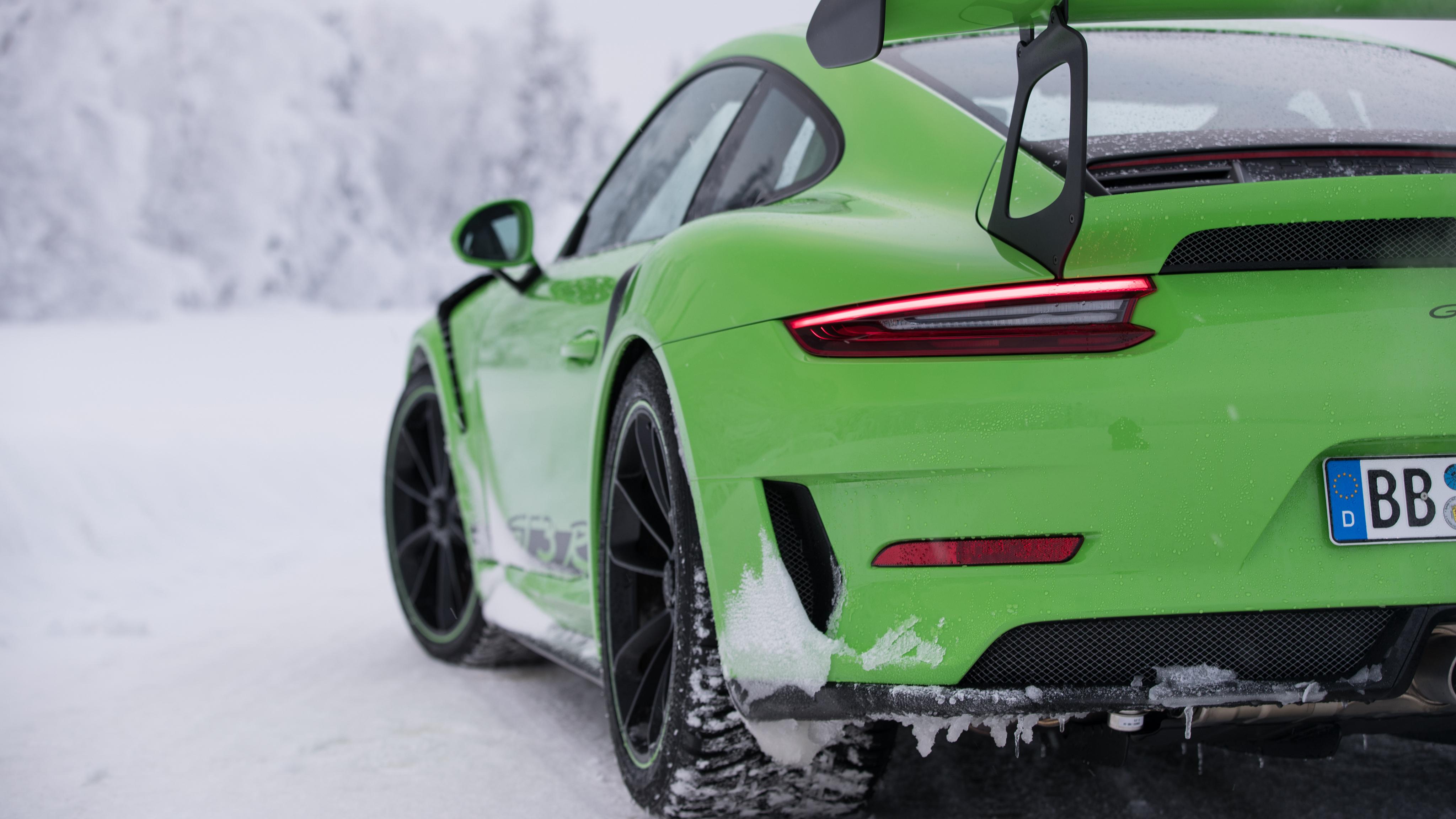 2018 Porsche 911 GT3 RS 4K 2 Wallpaper