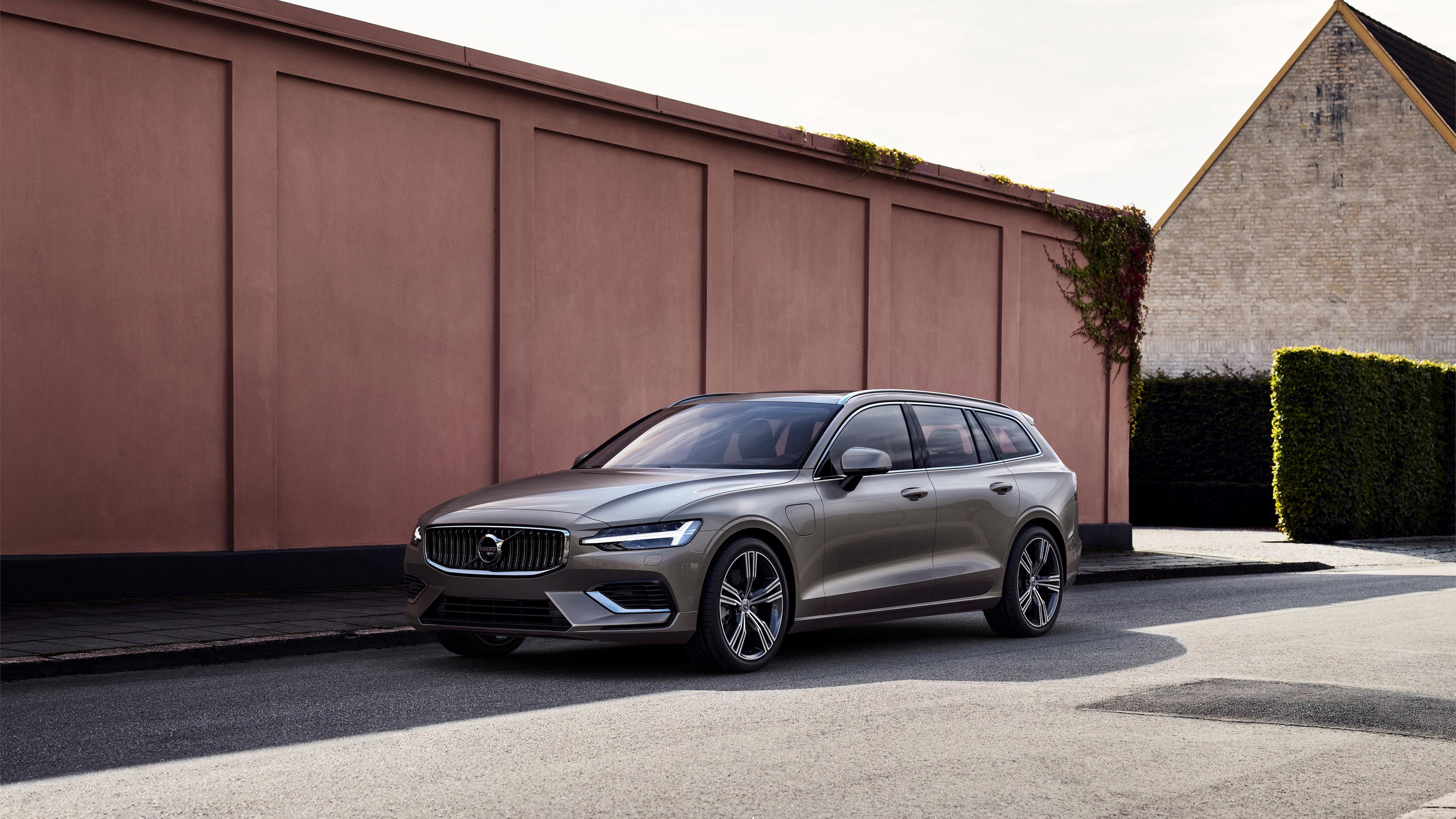 2018 Volvo V60 T8 Inscription 4K Wallpaper | HD Car Wallpapers | ID #9622