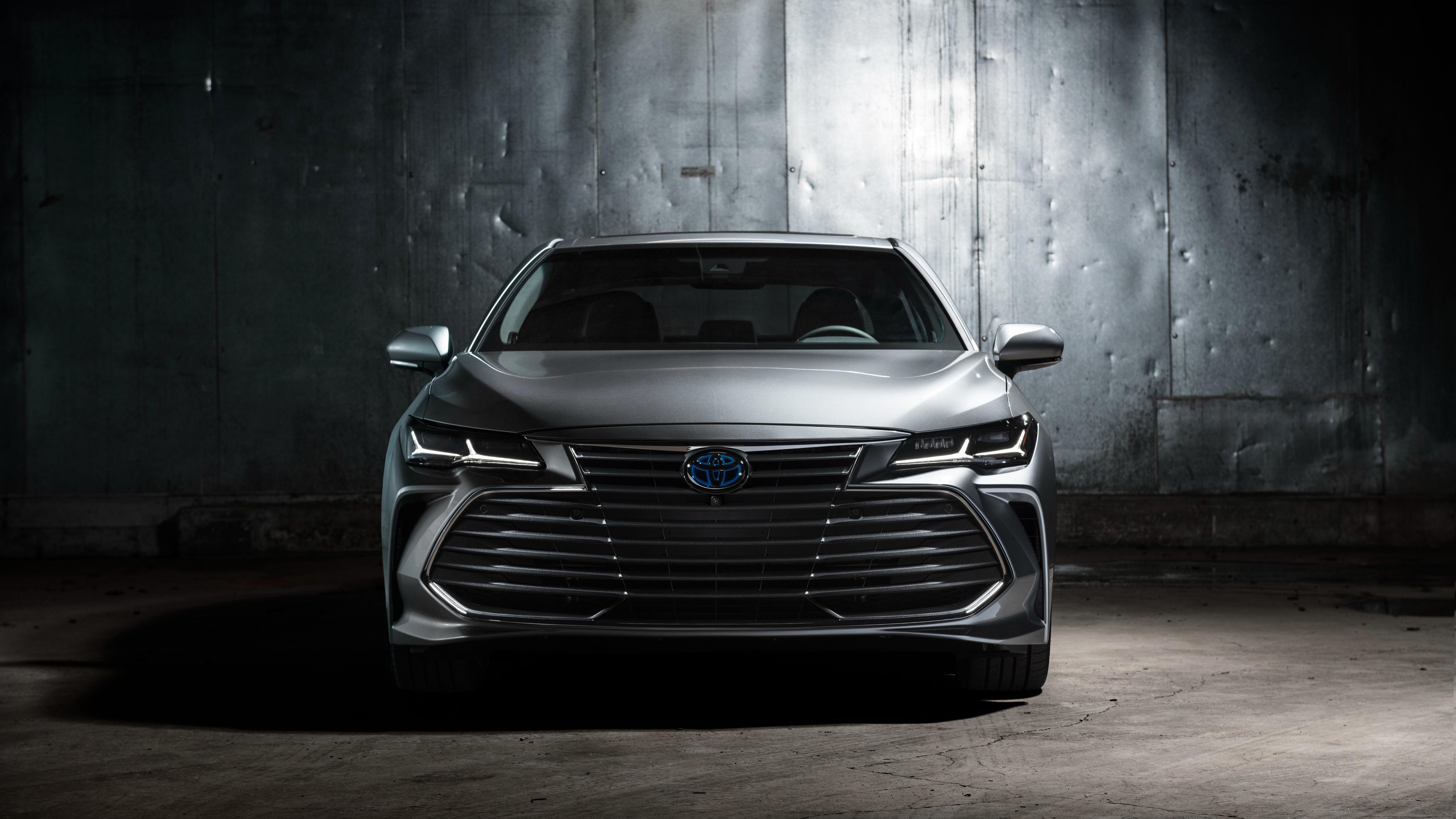 2019 Toyota Avalon Limited Hybrid 4K 3 Wallpaper