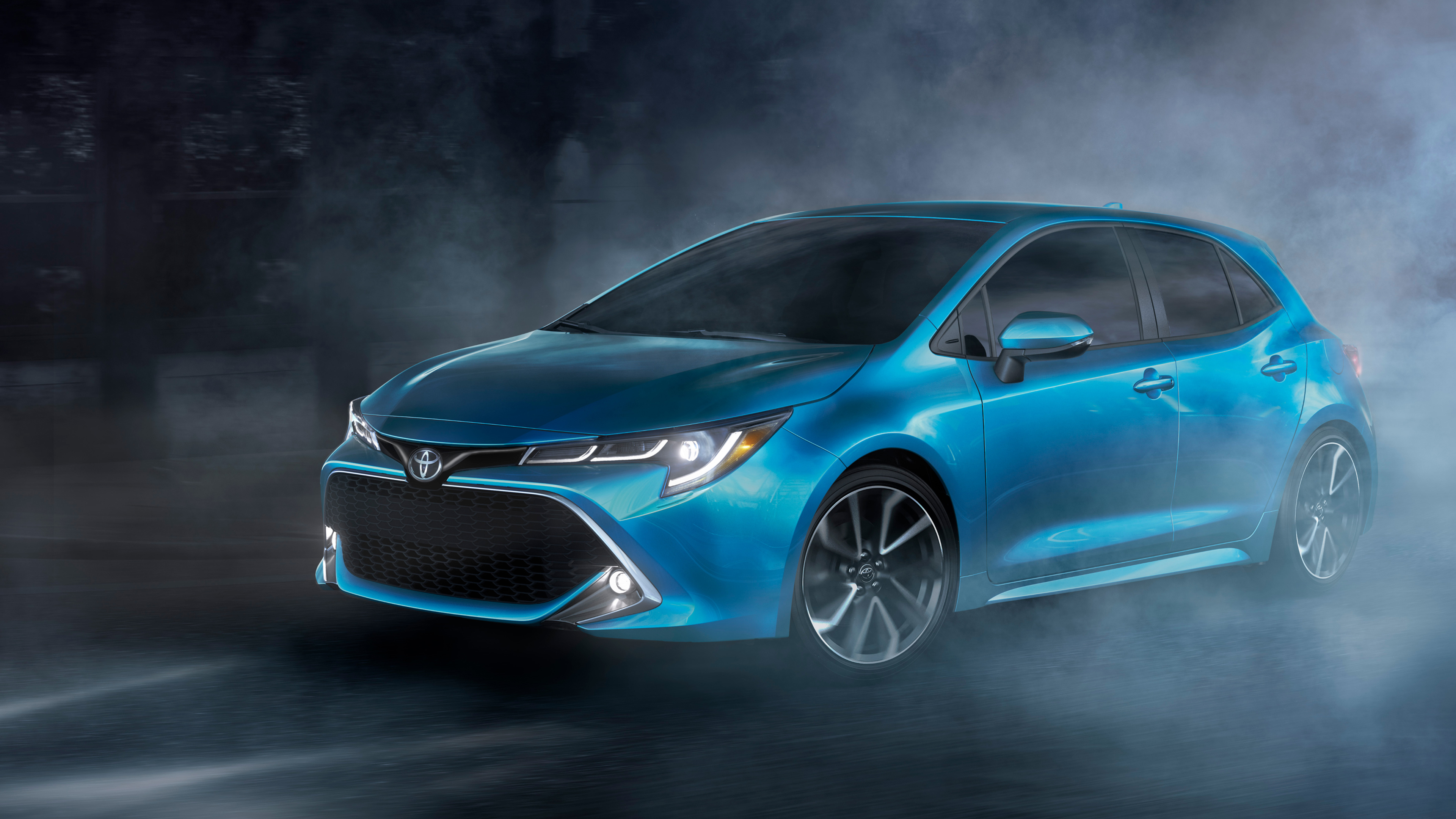 2019 Toyota Corolla XSE Hatchback 4K Wallpaper
