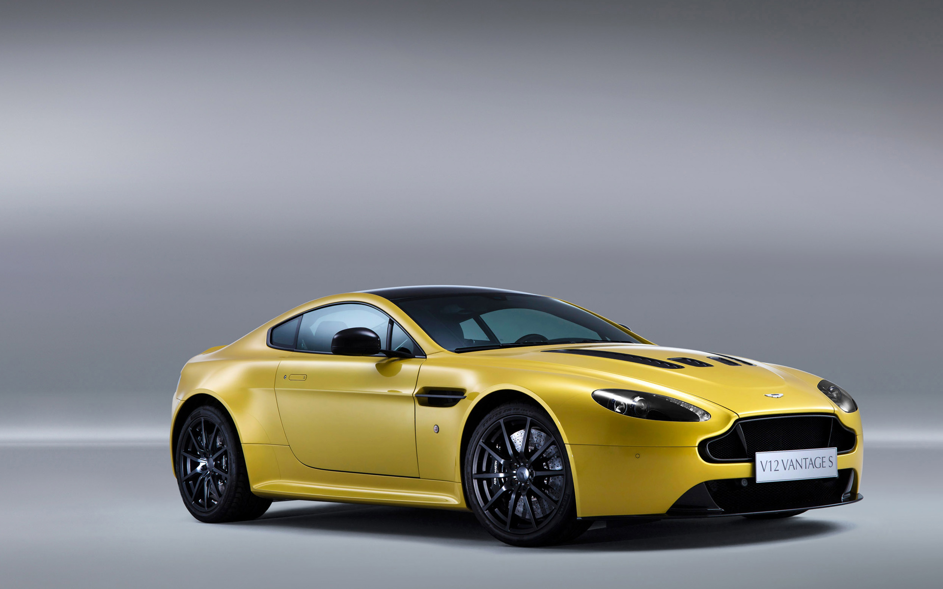 aston martin v12 vantage s 2014 wallpaper hd car wallpapers id 3457. Black Bedroom Furniture Sets. Home Design Ideas