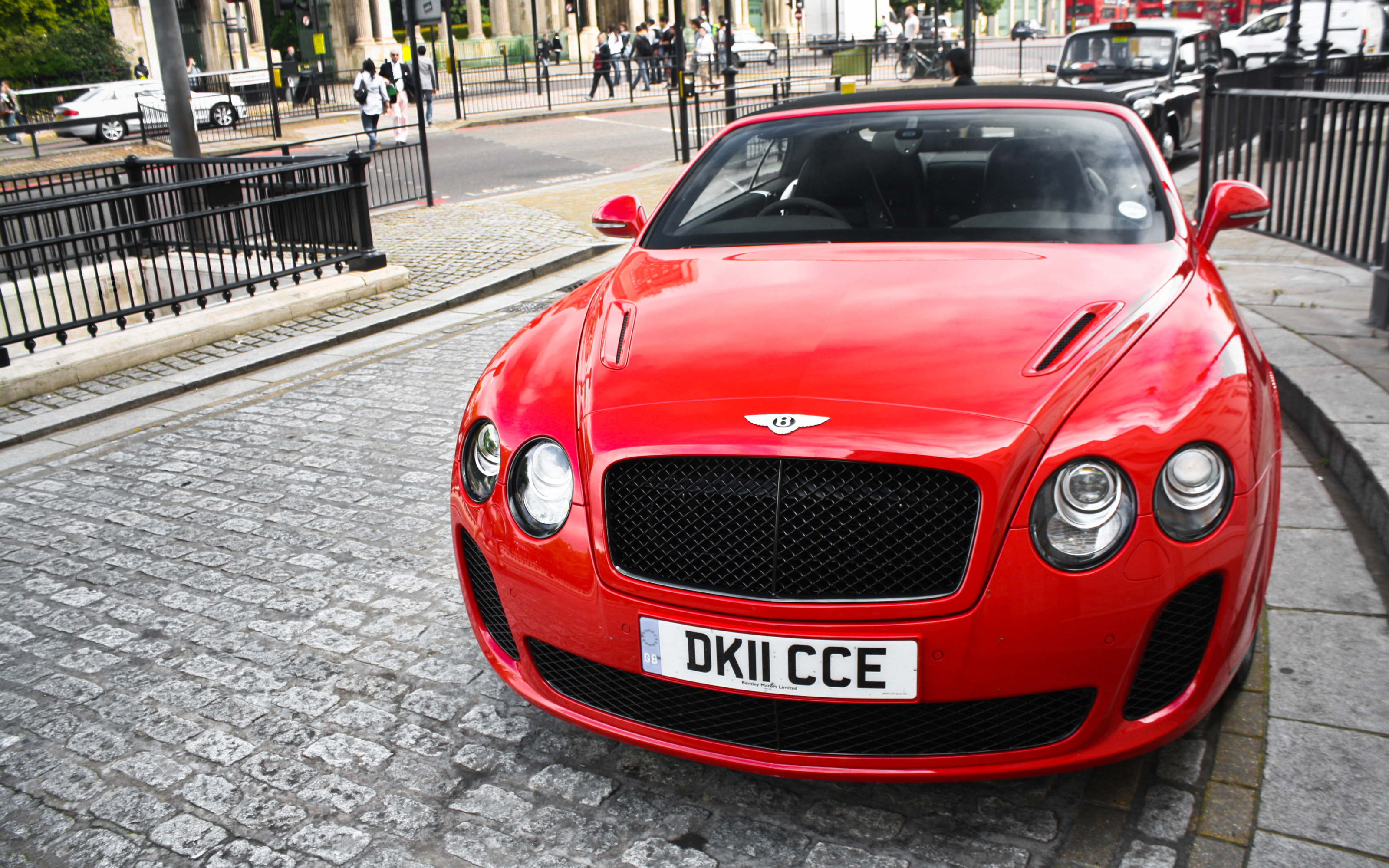 Download Free Bentley Background
