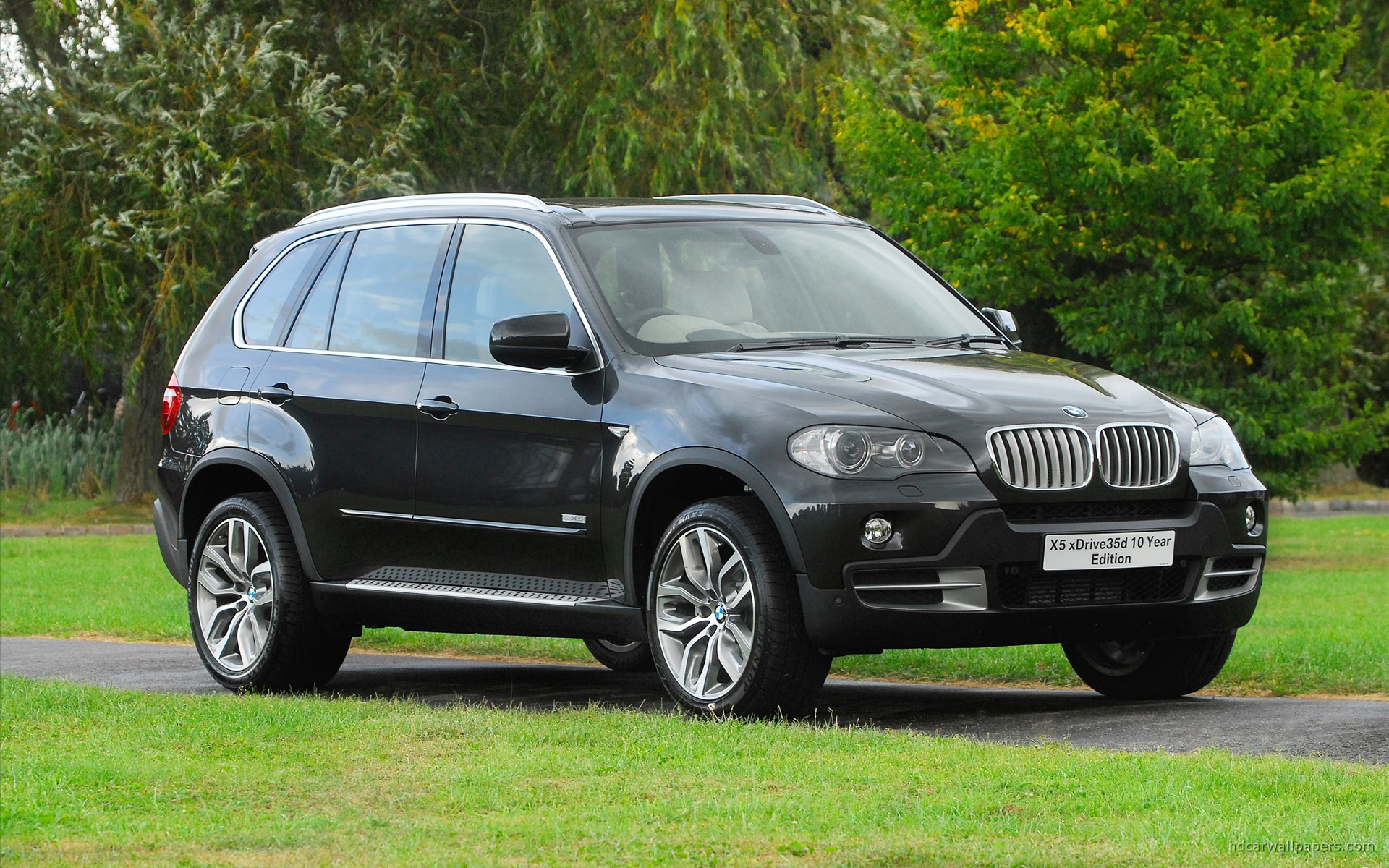 BMW X5 xDrive35d 10 Year Edition Wallpaper | HD Car Wallpapers