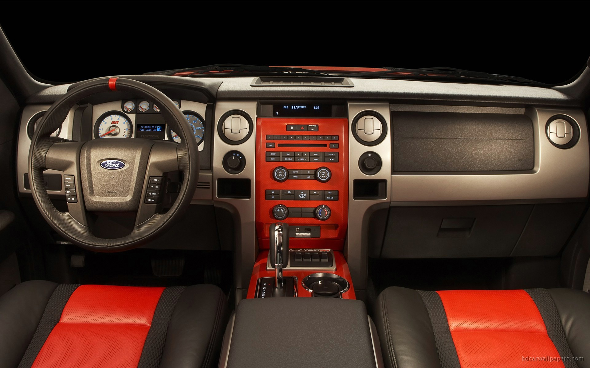 Ford F150 SVT Raptor Interior