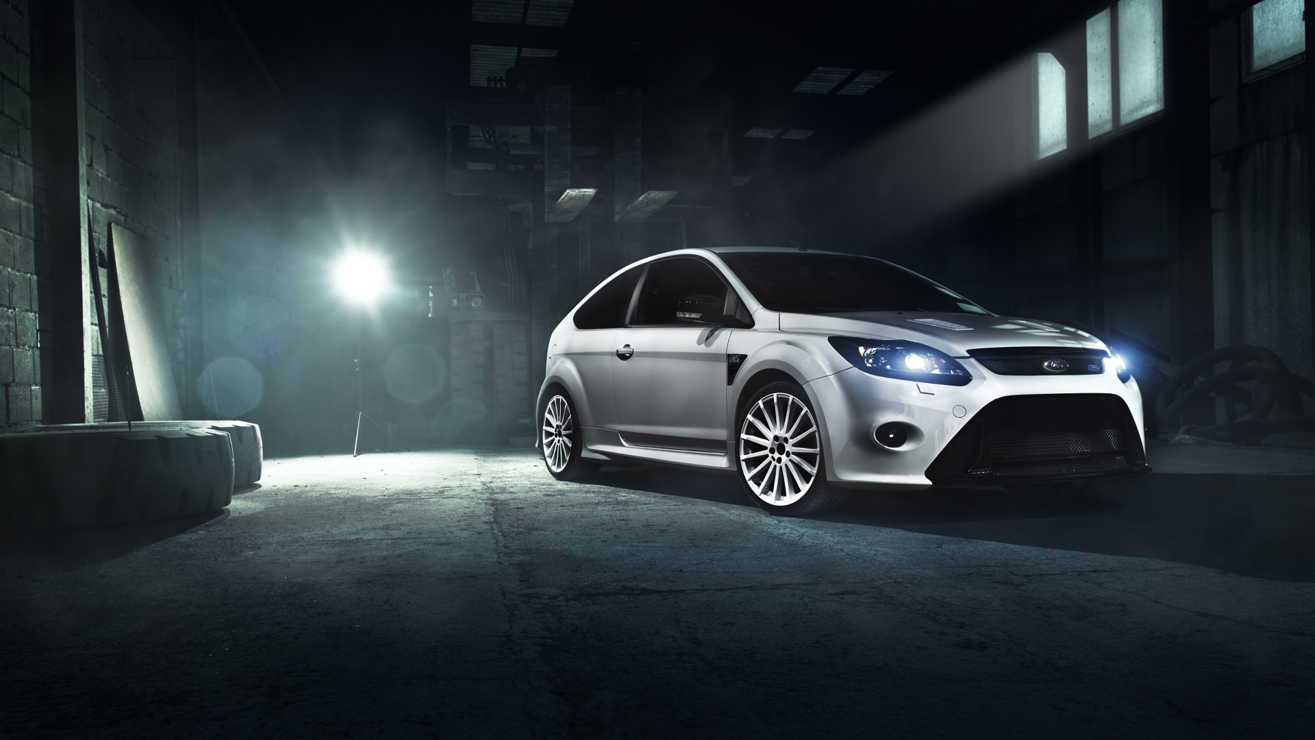 Ford Focus Rs White Wallpaper Hd Car Wallpapers