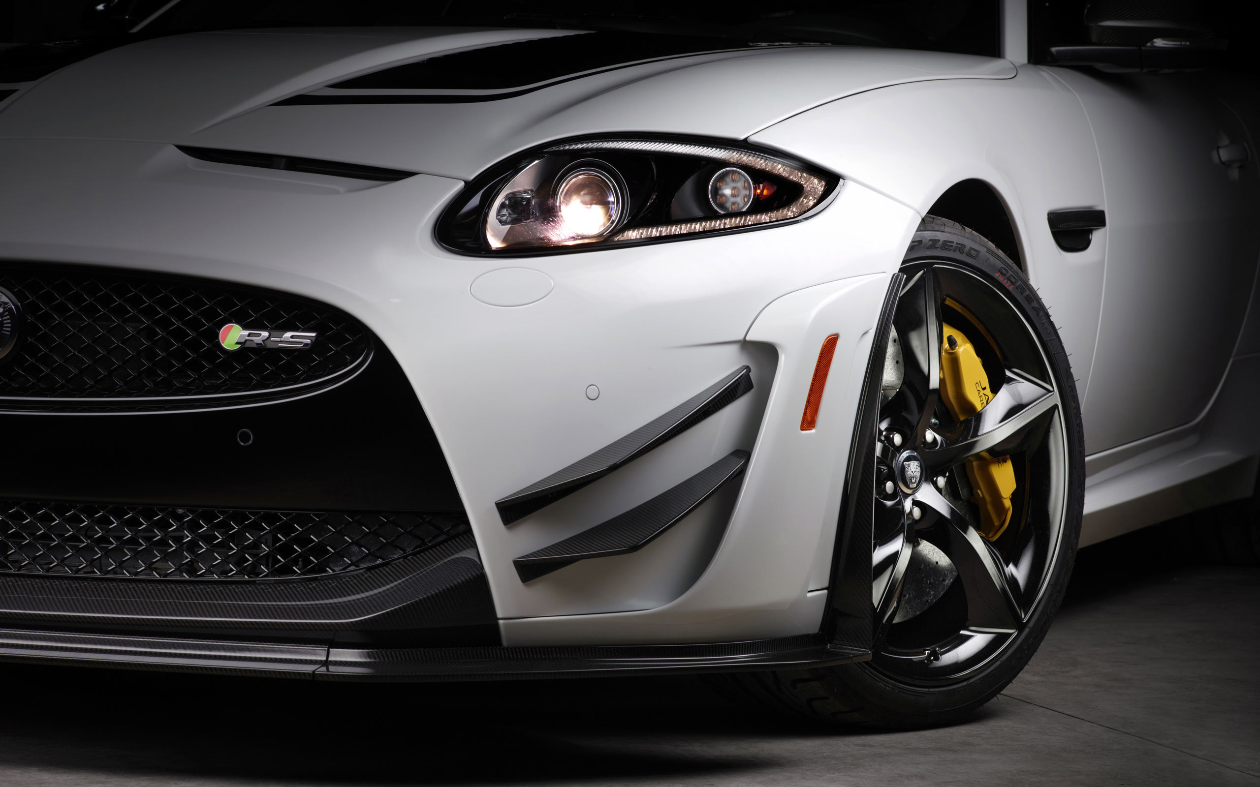 Superieur Jaguar XKR S GT 2014 2