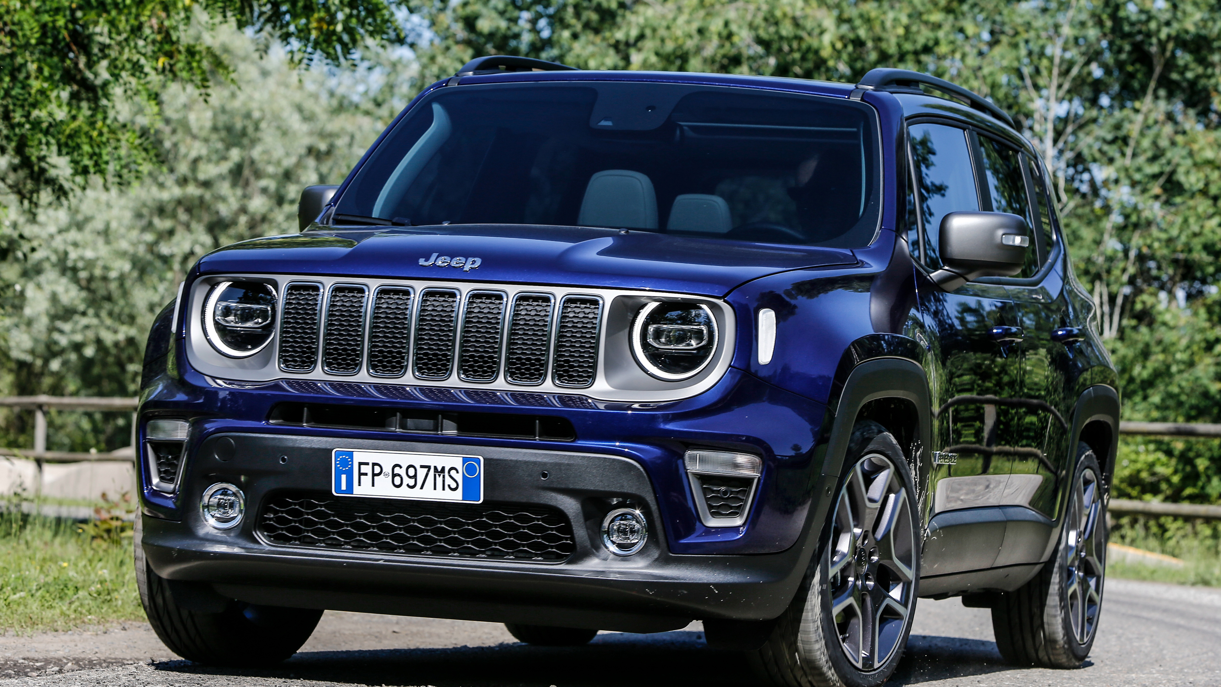 jeep renegade 4k limited wallpapers