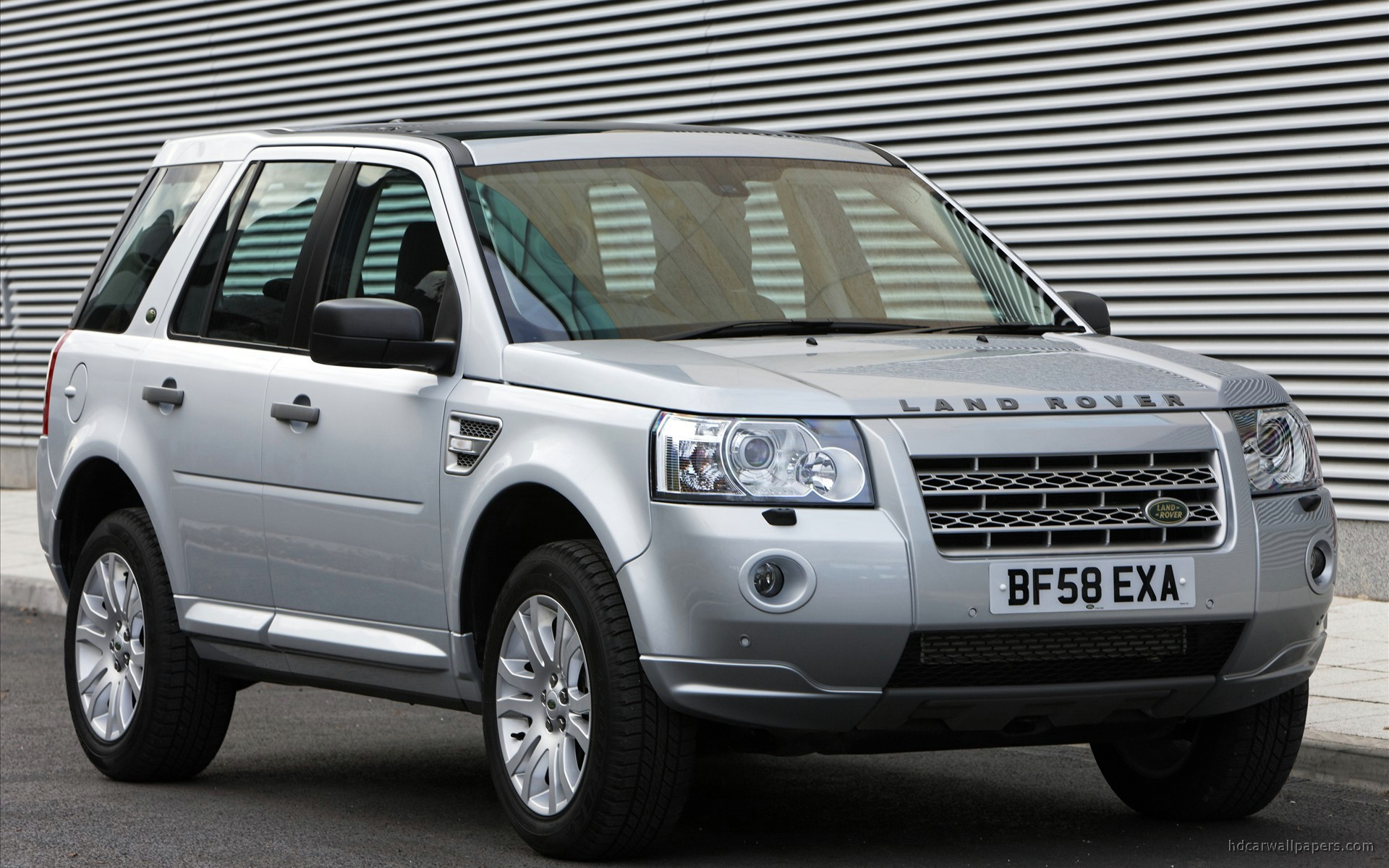 land rover freelander 2 td4 e wallpaper hd car wallpapers id 1114. Black Bedroom Furniture Sets. Home Design Ideas