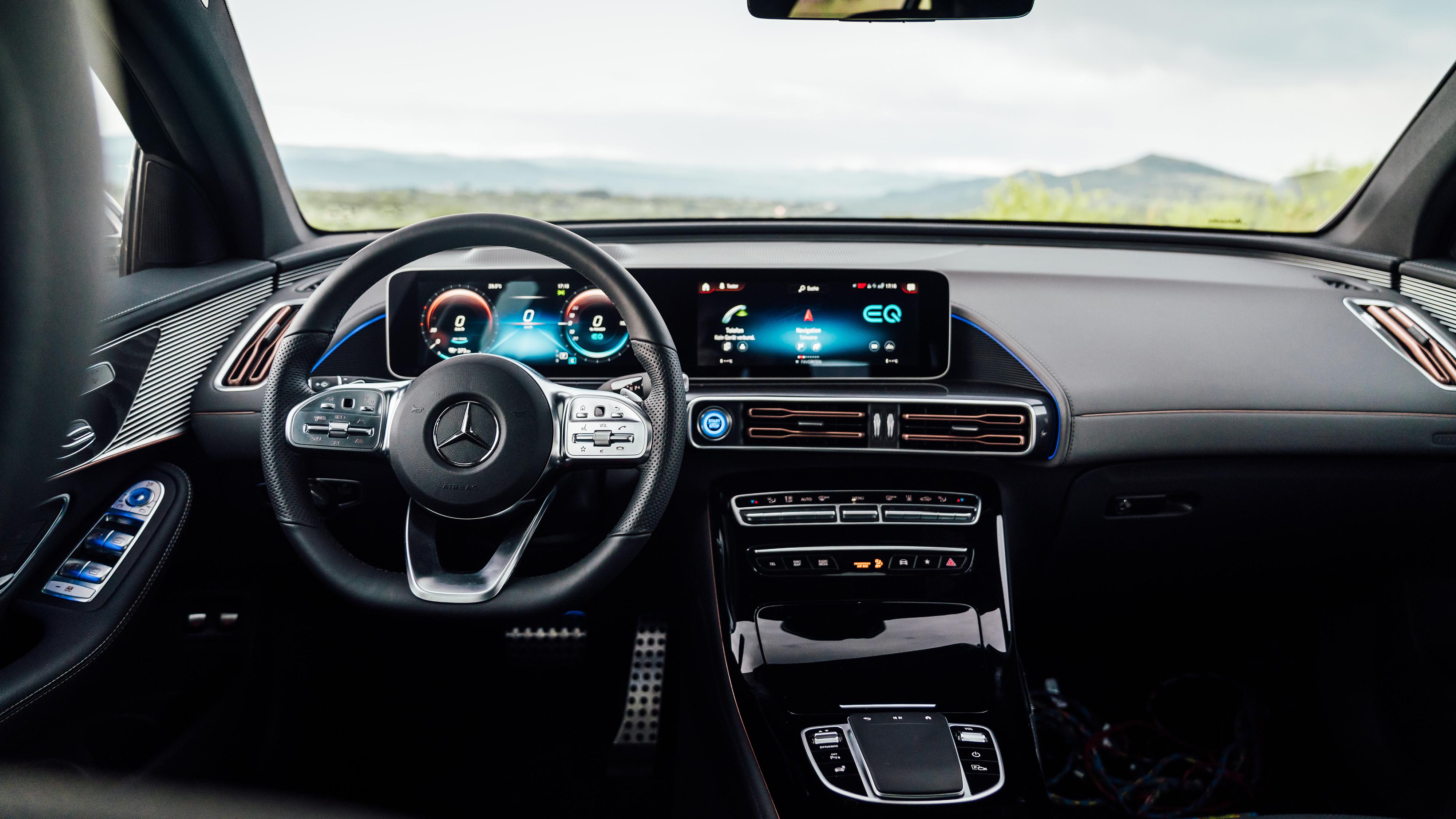 Mercedes-Benz EQC 400 4MATIC AMG Line 2019 4K Interior ...