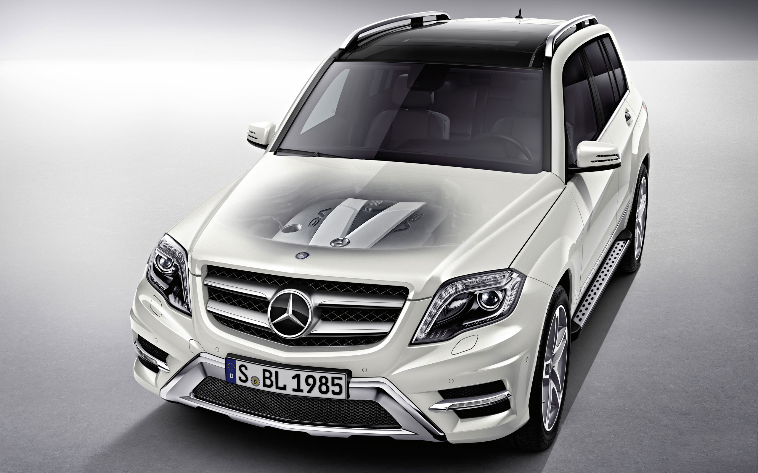 Mercedes Benz Glk 2012 Wallpaper Hd Car Wallpapers Id