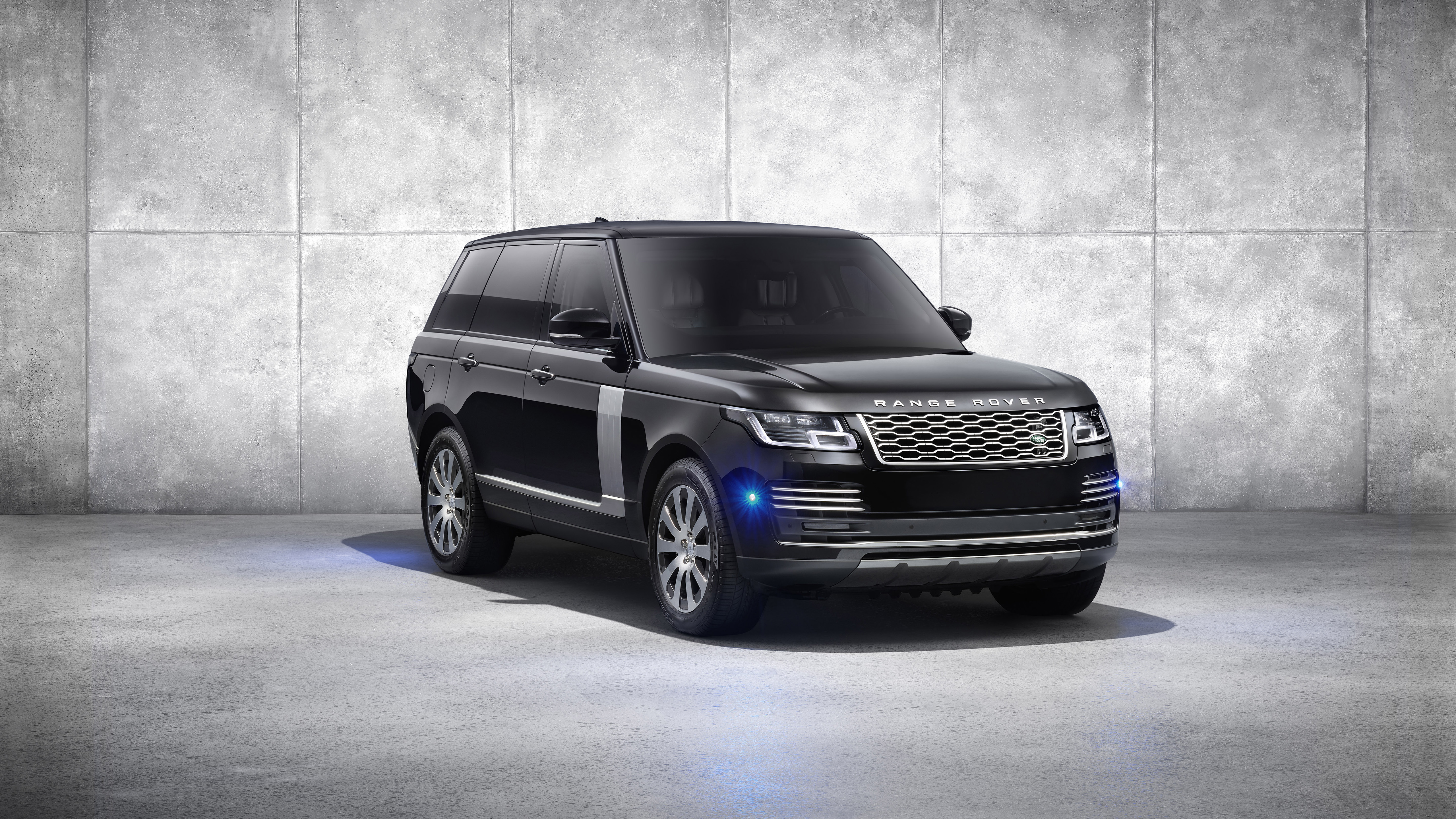 RANGE ROVER SPORT ENHANCED WITH SPECIAL-EDITION