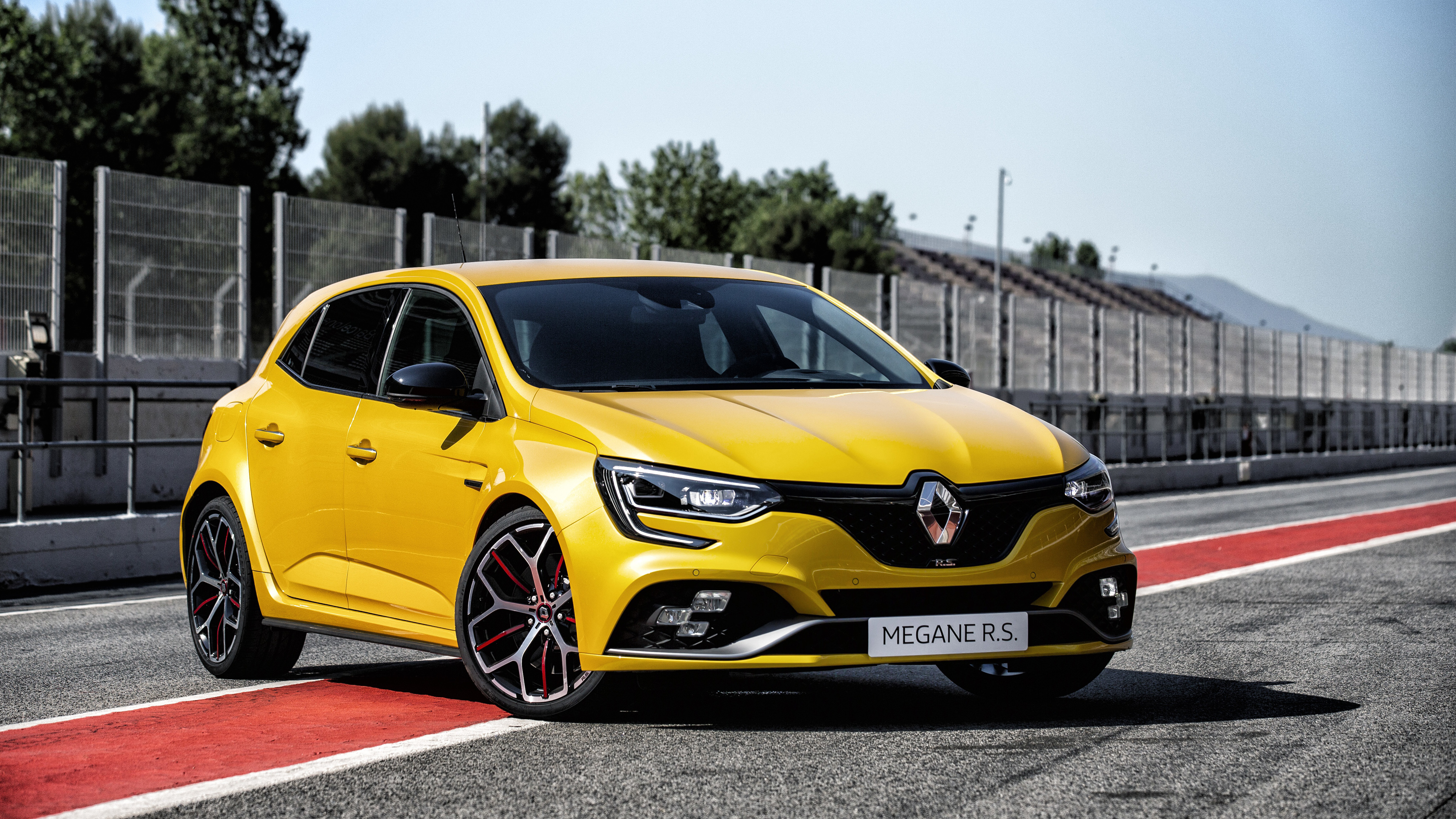 Renault Megane Rs Trophy 4k 2018 Wallpaper Hd Car Wallpapers Id 10855