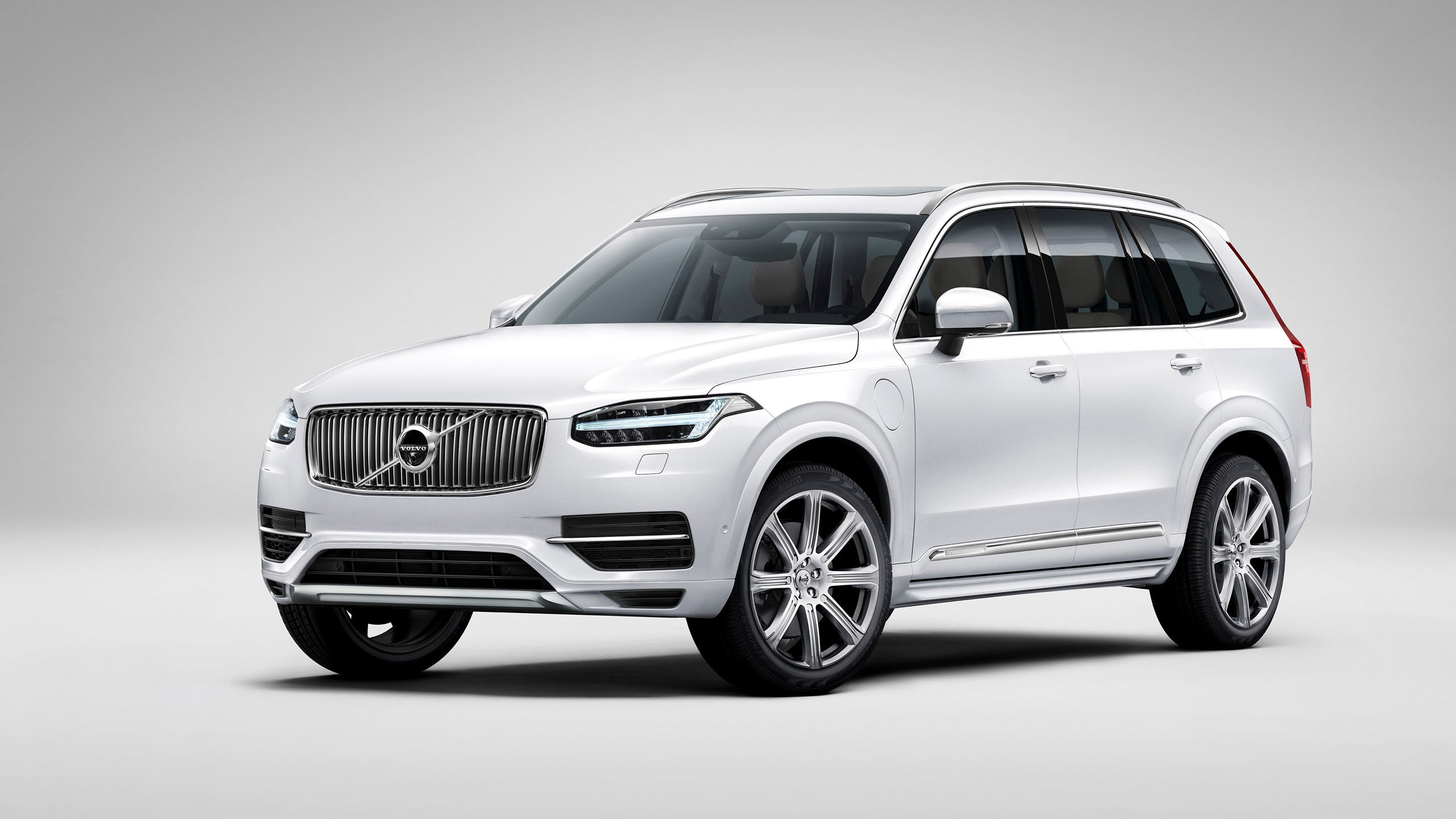 Volvo Xc90 2015 Wallpaper Hd Car Wallpapers Id 4802