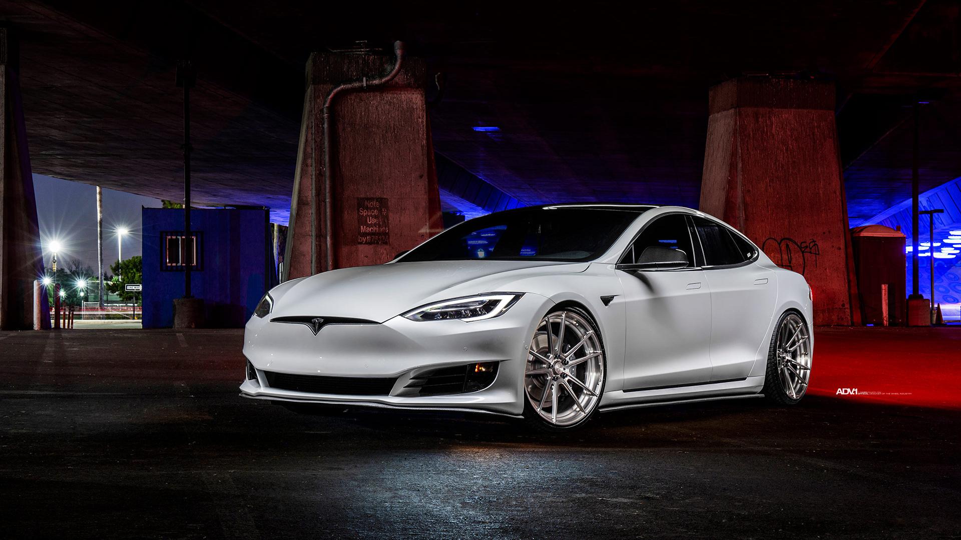 White Tesla Model S Wallpaper Hd Car Wallpapers Id 10967
